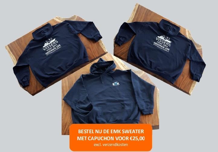 Hoody (sweater met capuchon) 'vissers voor een gezonde zee'. Verkrijgbaar in donkerblauw, maat S - XXXL.